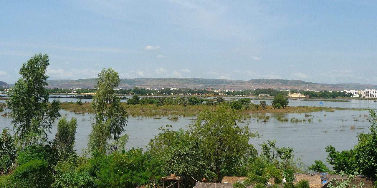 Hungary contributes HUF 420 m to Nigeria school revamp