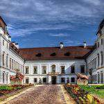 Pápa Esterházi-kastély castle