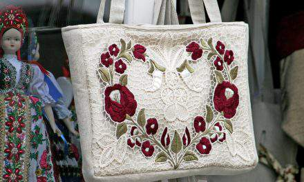 The art of sewn flowers – Kalocsa embroidery