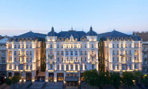 The story of the oldest hotel in Budapest