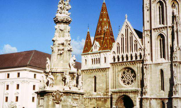 10 interesting facts about Matthias Church