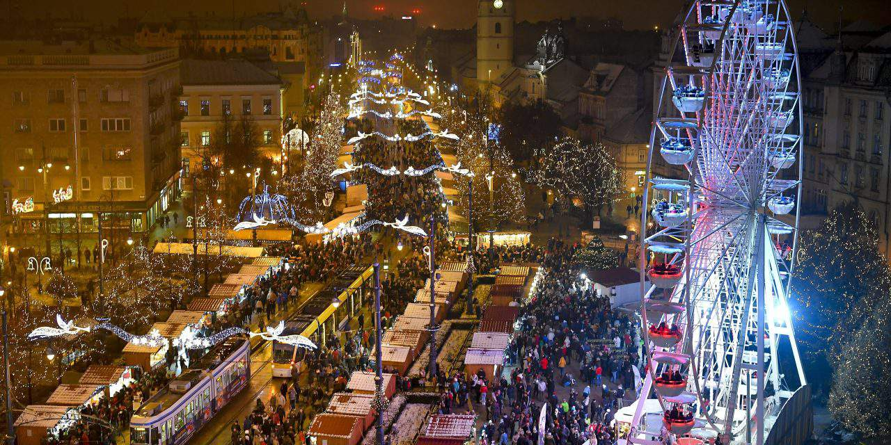 Debrecen Eye, a new attraction at the Christmas Fair of Debrecen – PHOTOS