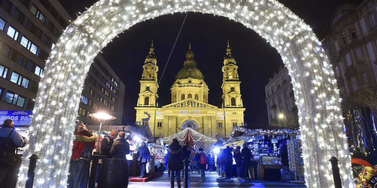 10 Hungarian quotes about Christmas