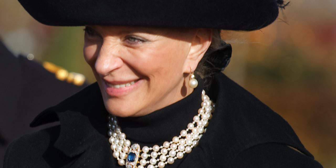Princess of Hungarian origin in trouble at Queen's Christmas lunch