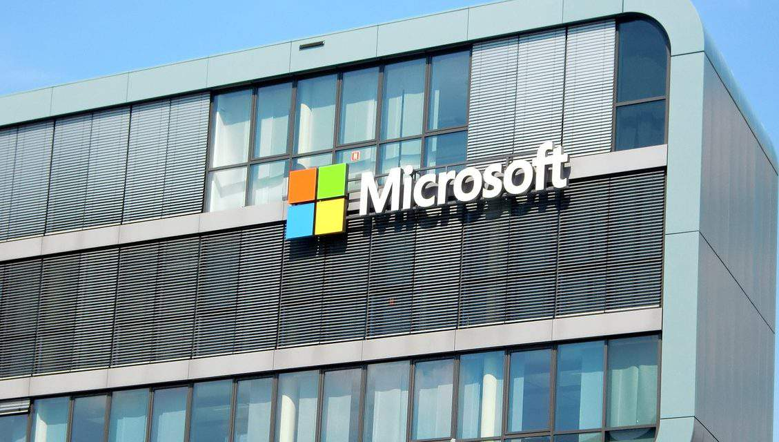 American Microsoft abandoning Hungary because of corruption