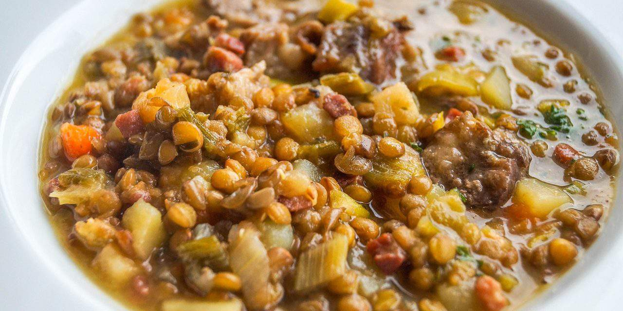A Hungarian recipe for New Year's Day: lentil stew