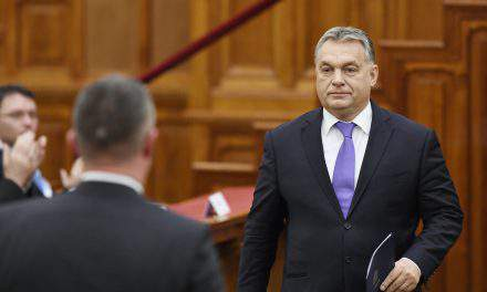 Socialists file complaint against Orban for nationalising private pension funds