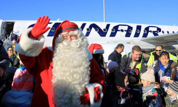 Joulupukki, the real Finnish Santa, arrives in Budapest