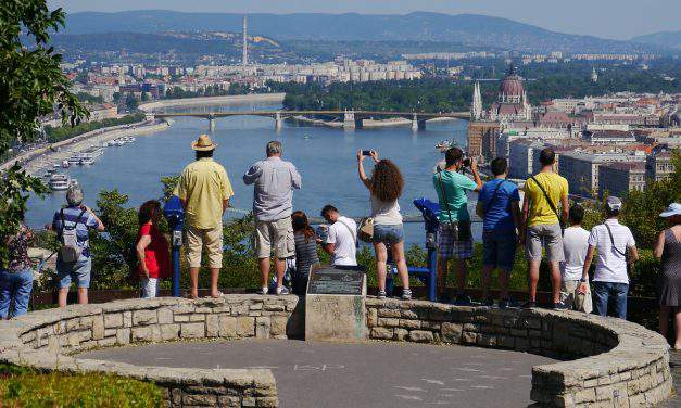 Tourists in Budapest: from where, why, and how much they spend