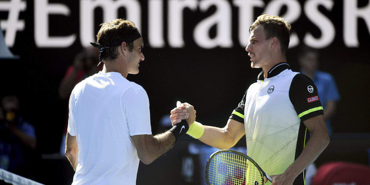 Hungarian tennis player gives Federer a tough time at Australian Open