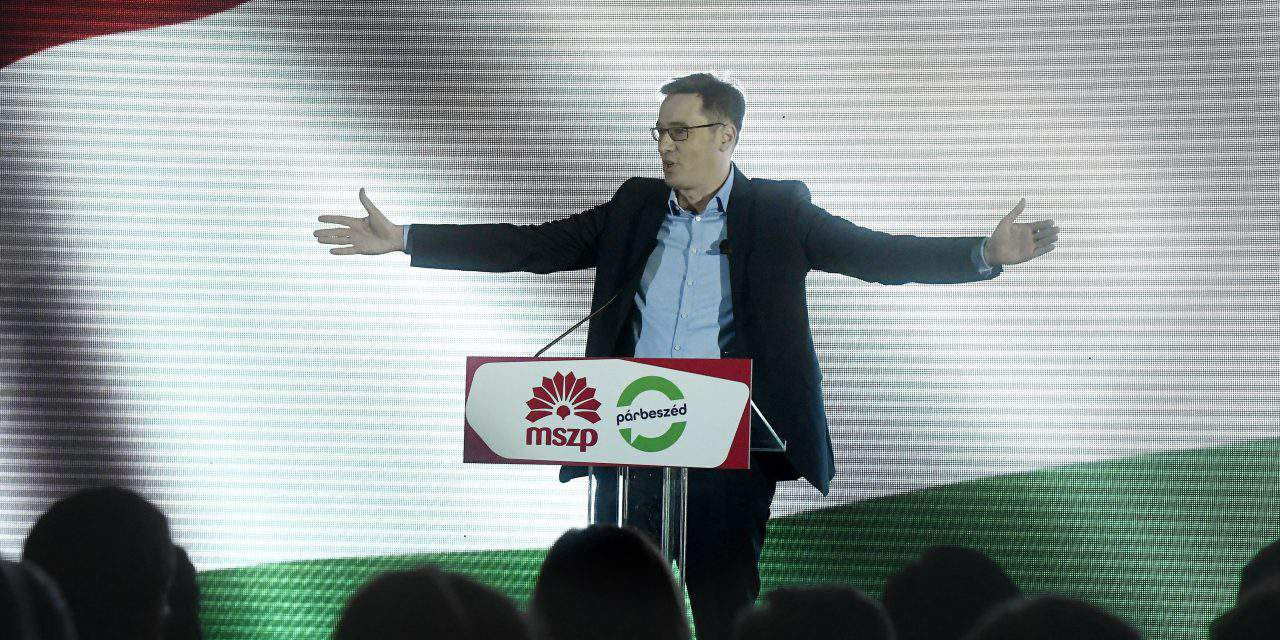 Socialist and Párbeszéd PM candidate denies planning border fence dismantling
