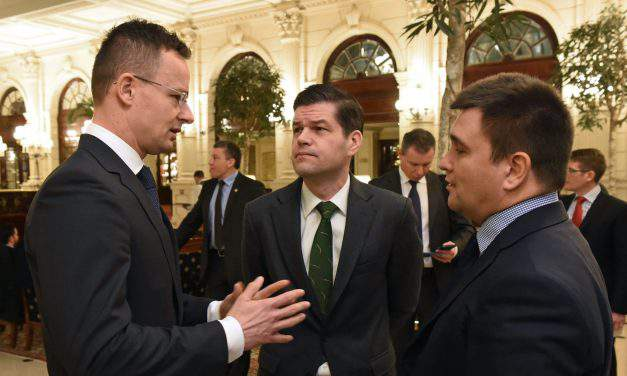 Foreign minister: Hungary demands legal guarantee from Kiev