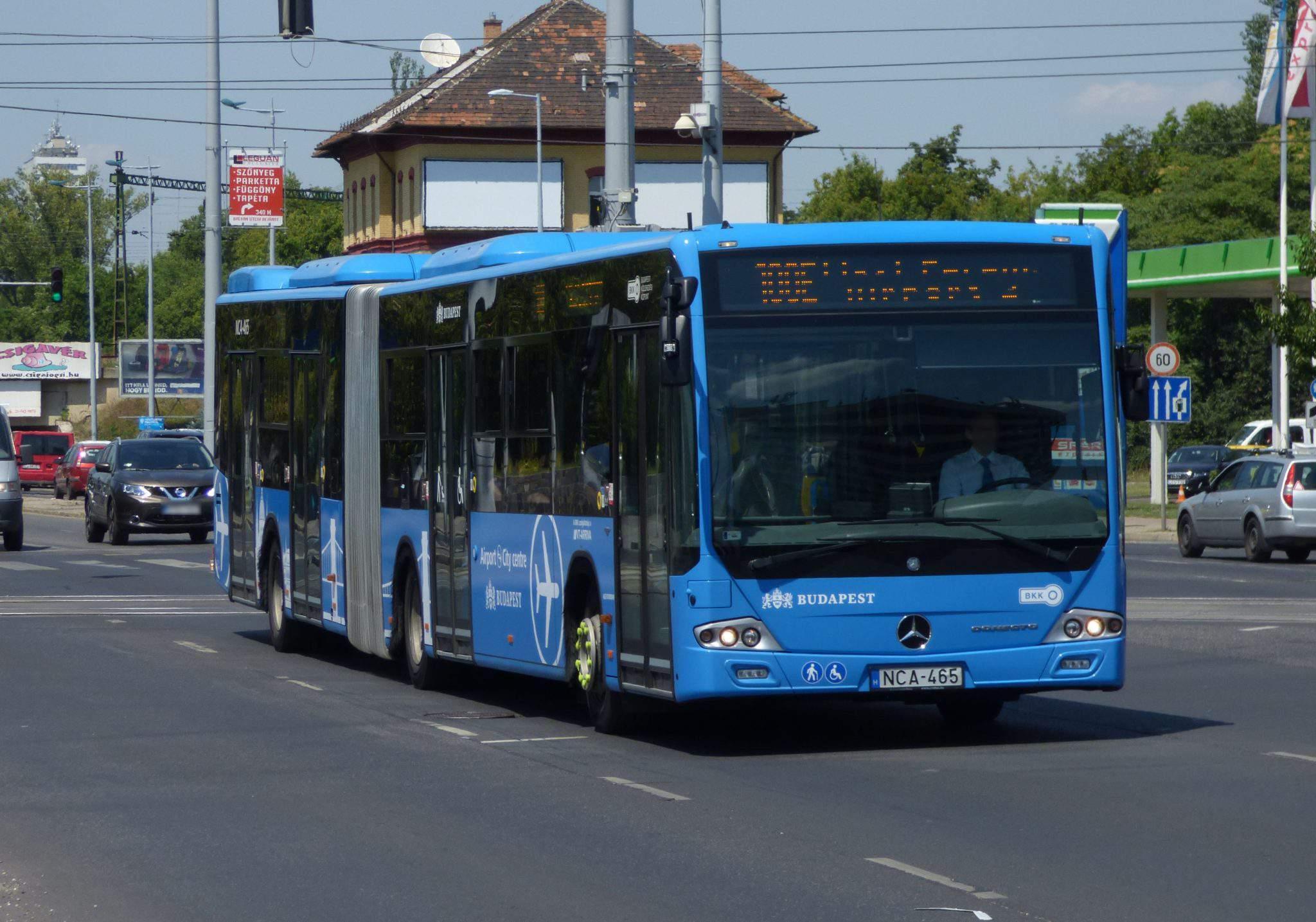 100E Airport bus Budapest