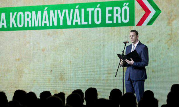 Jobbik: Opposition MPs banned from donating for charity in Hungary