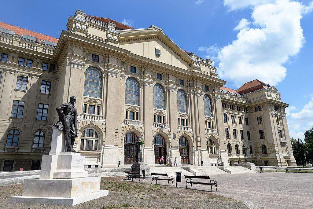 University of Debrecen egyetem