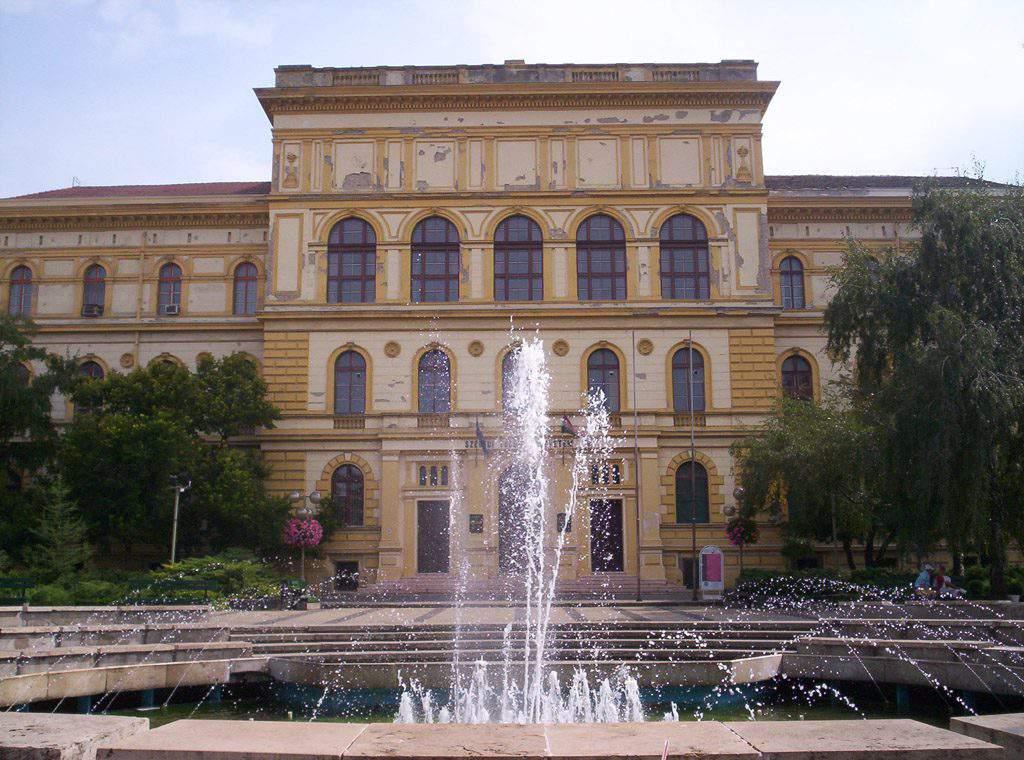 SZTE Szegedi Tudoményegyetem University of Szeged