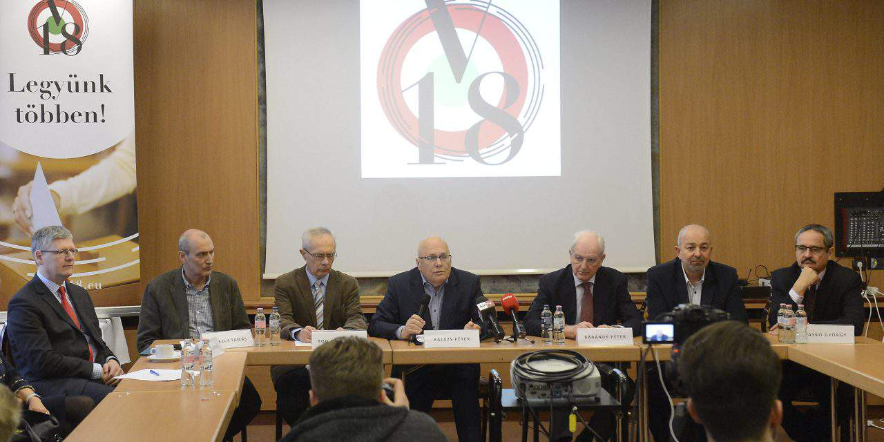 Movement of former government officials calls for PM candidate debate