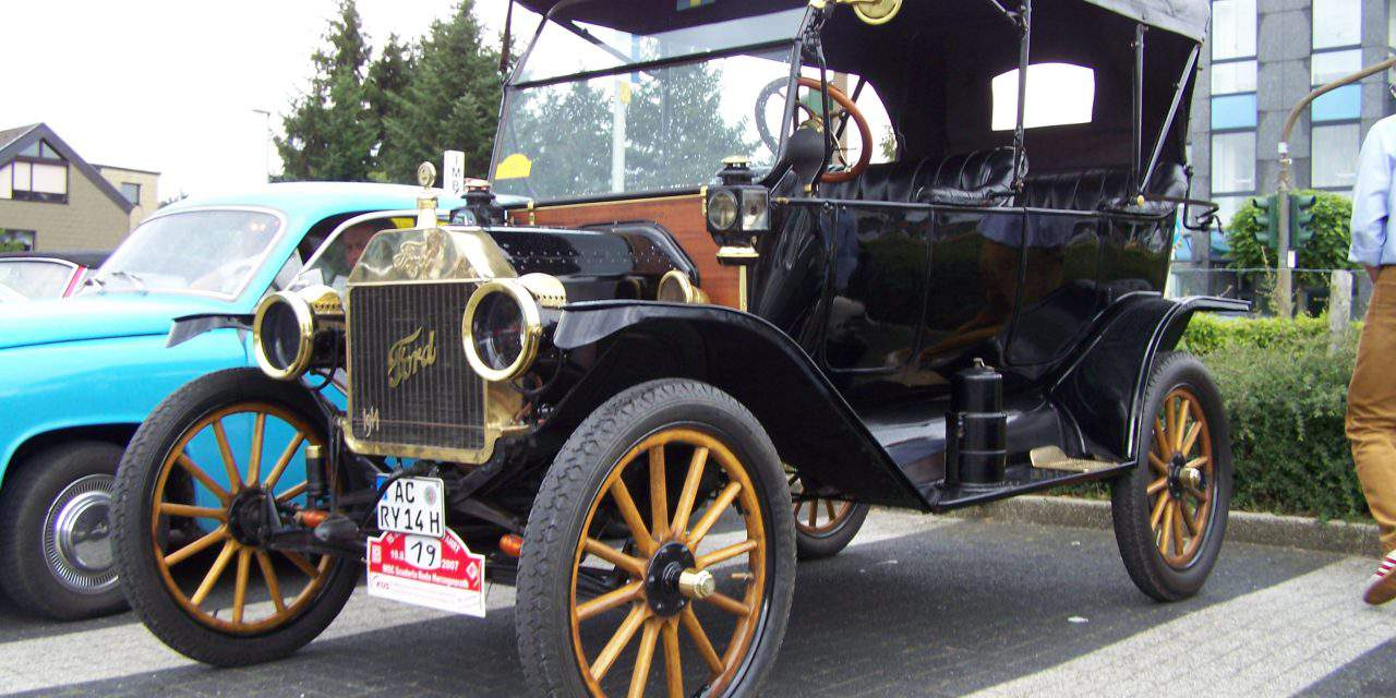 The Ford Model T and its Hungarian inventors
