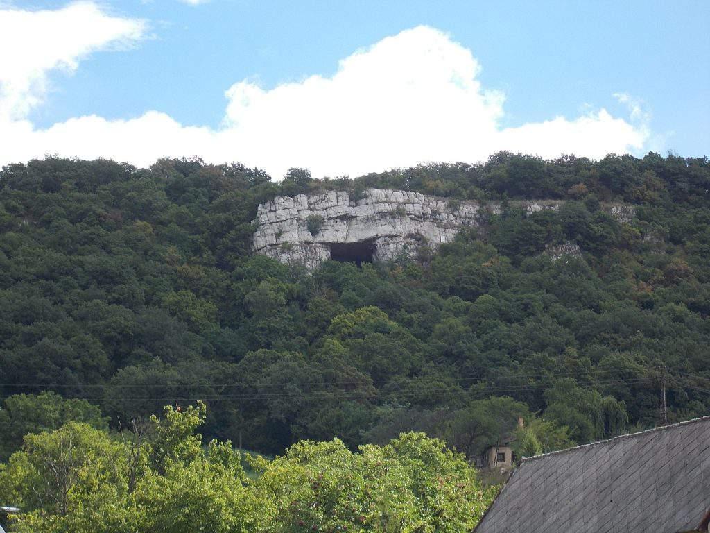 Szelim barlang cave Tatabánya