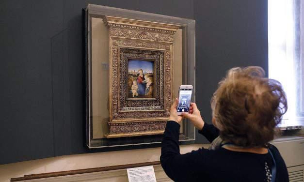 Raphael's Esterházy Madonna travels to Rome