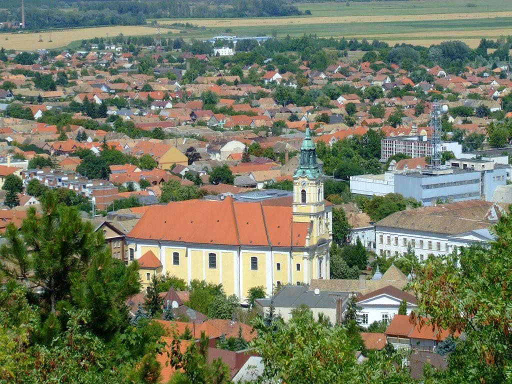 Szekszárd church catholic belvárosi