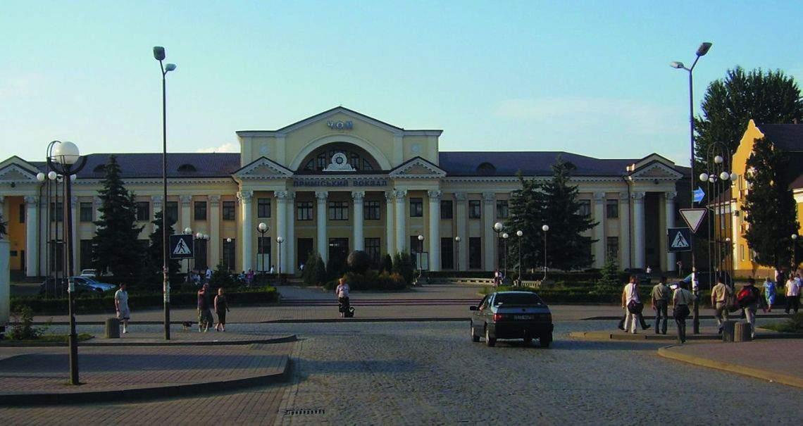 Friendlier atmosphere, quicker crossings at the Ukrainian frontier