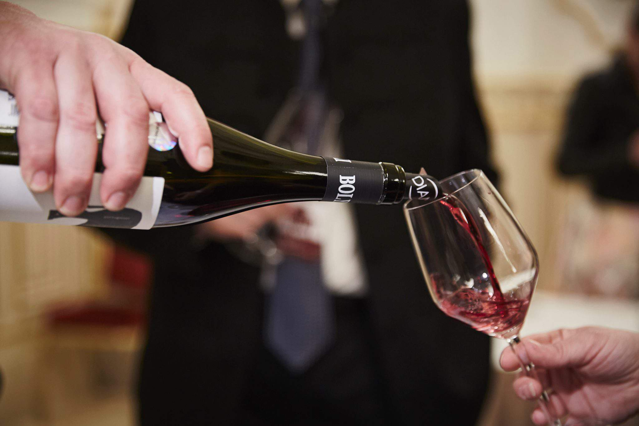 bikaverparbaj bikavér bikaver wine bor hosting alcohol