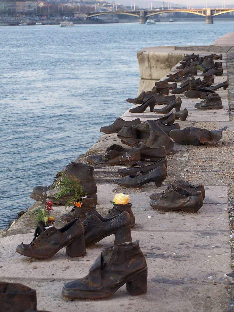 budapest-shoes jewish-danube