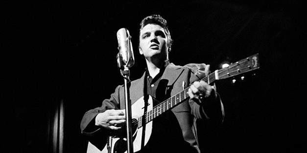 Will Elvis Presley be honoured with a statue in Budapest?