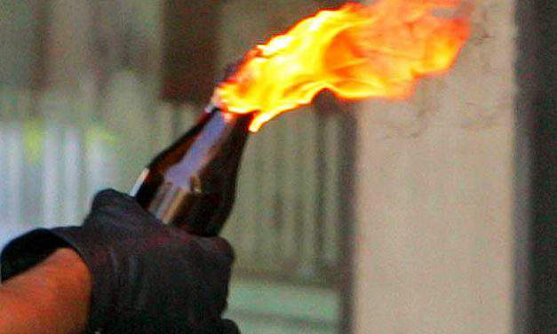 Molotov cocktail hurled at Hungarians Union building in Ukraine
