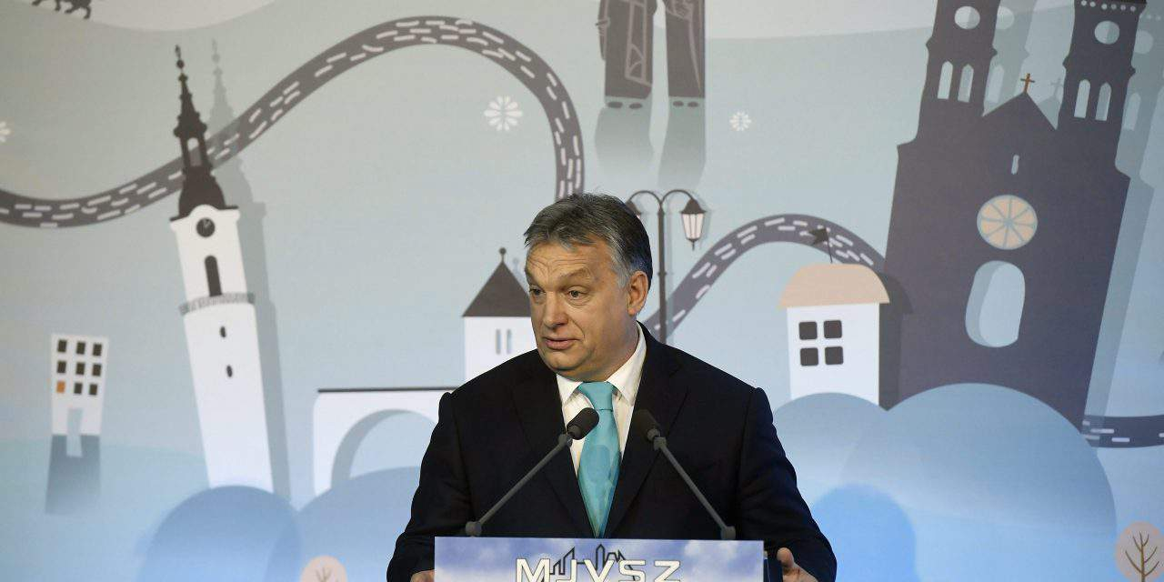 Orbán: Either vote for national government or Soros's people