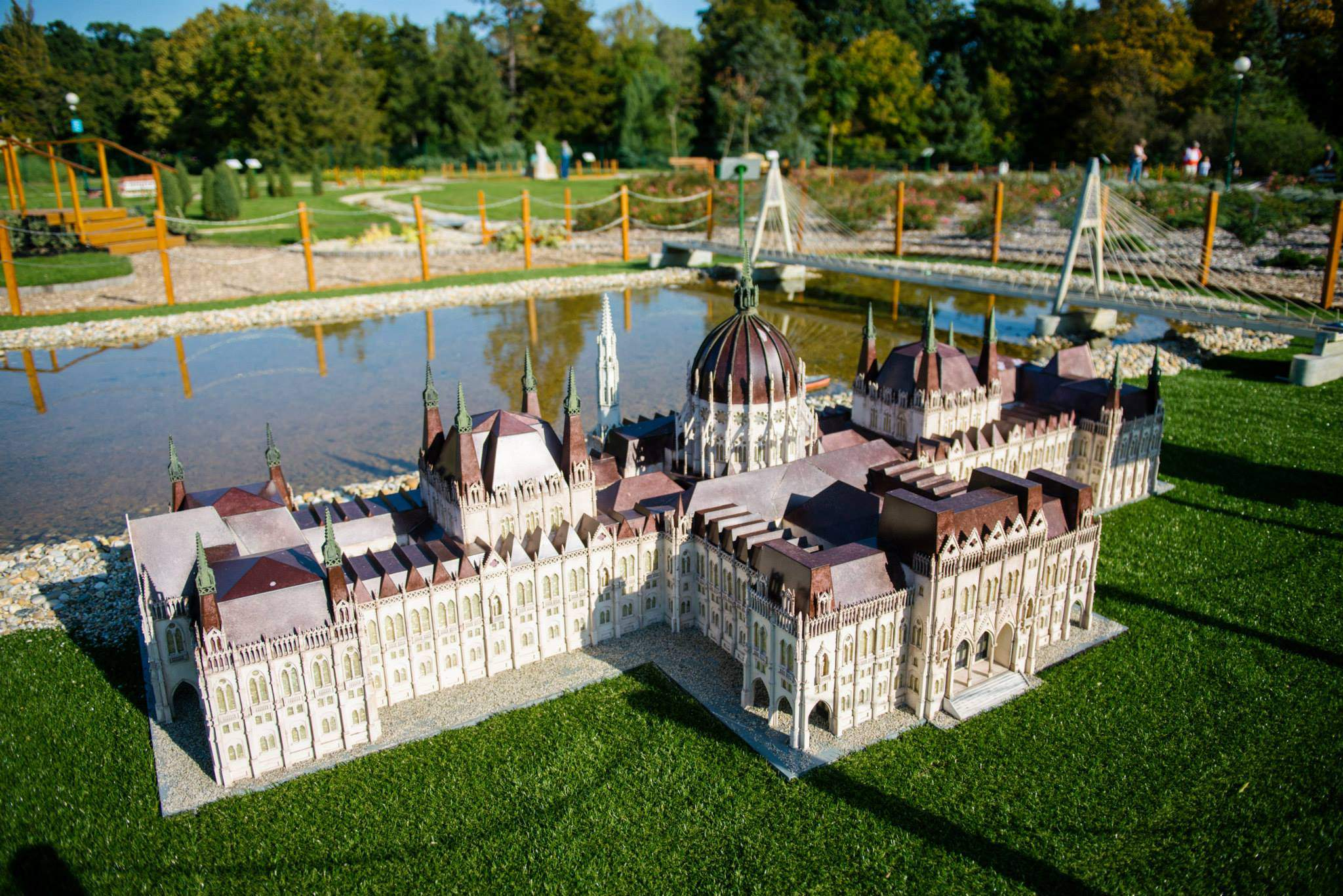 parlament parliament mini maquette miniature Szarvas