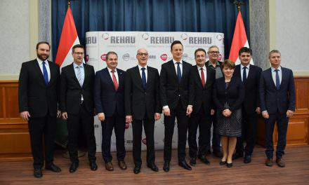 Rehau-Automotive to create over 700 new jobs in Újhartyán, Hungary
