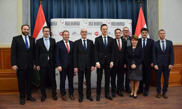 Rehau-Automotive to create over 700 new jobs in Újhartyán, Hungary