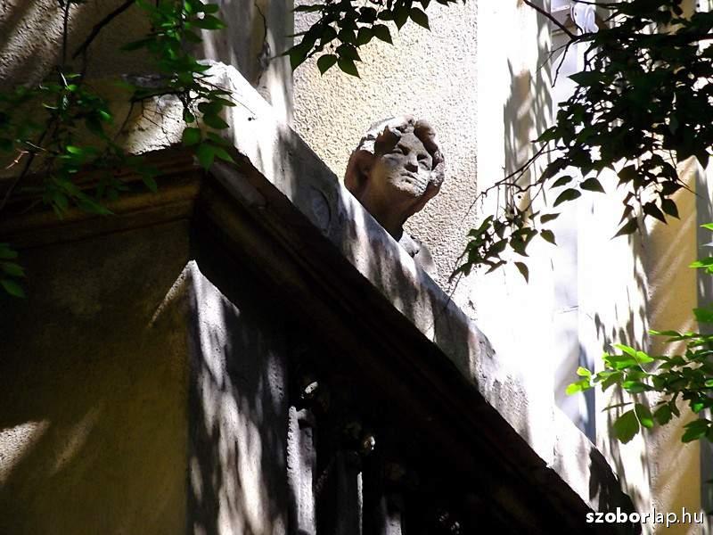 hungary budapest statue visit