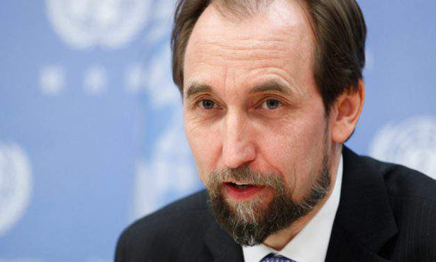 Hungarian FM calls on UN high commissioner to resign