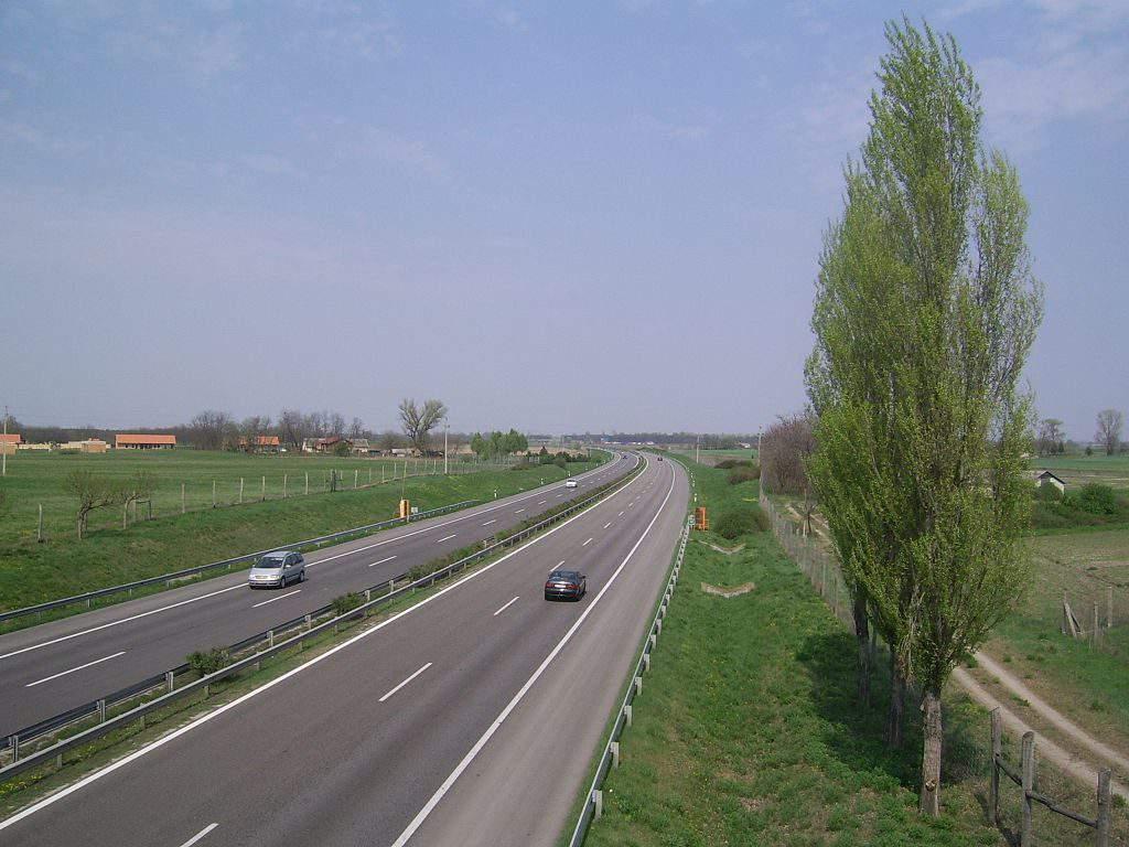 highway interstate M5 autópálya