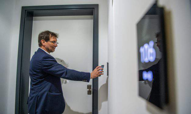 Europe's first smartphone-managed hotel opens in Budapest – VIDEO, PHOTOS