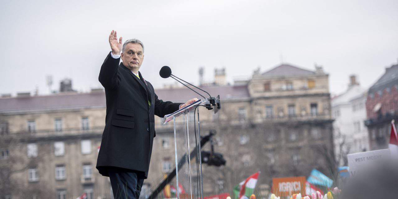 Hungarian political scientist: PM Orbán threatened those who are not with him