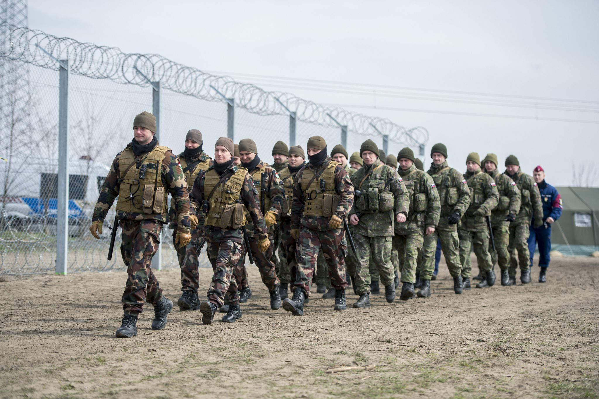 migration hungary defence border