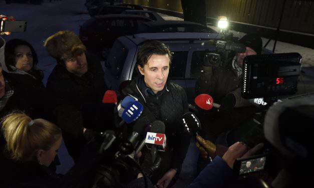 Election committee suspends Czeglédy's immunity