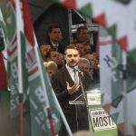 Vona calls on Jobbik faithful to raise flag of freedom
