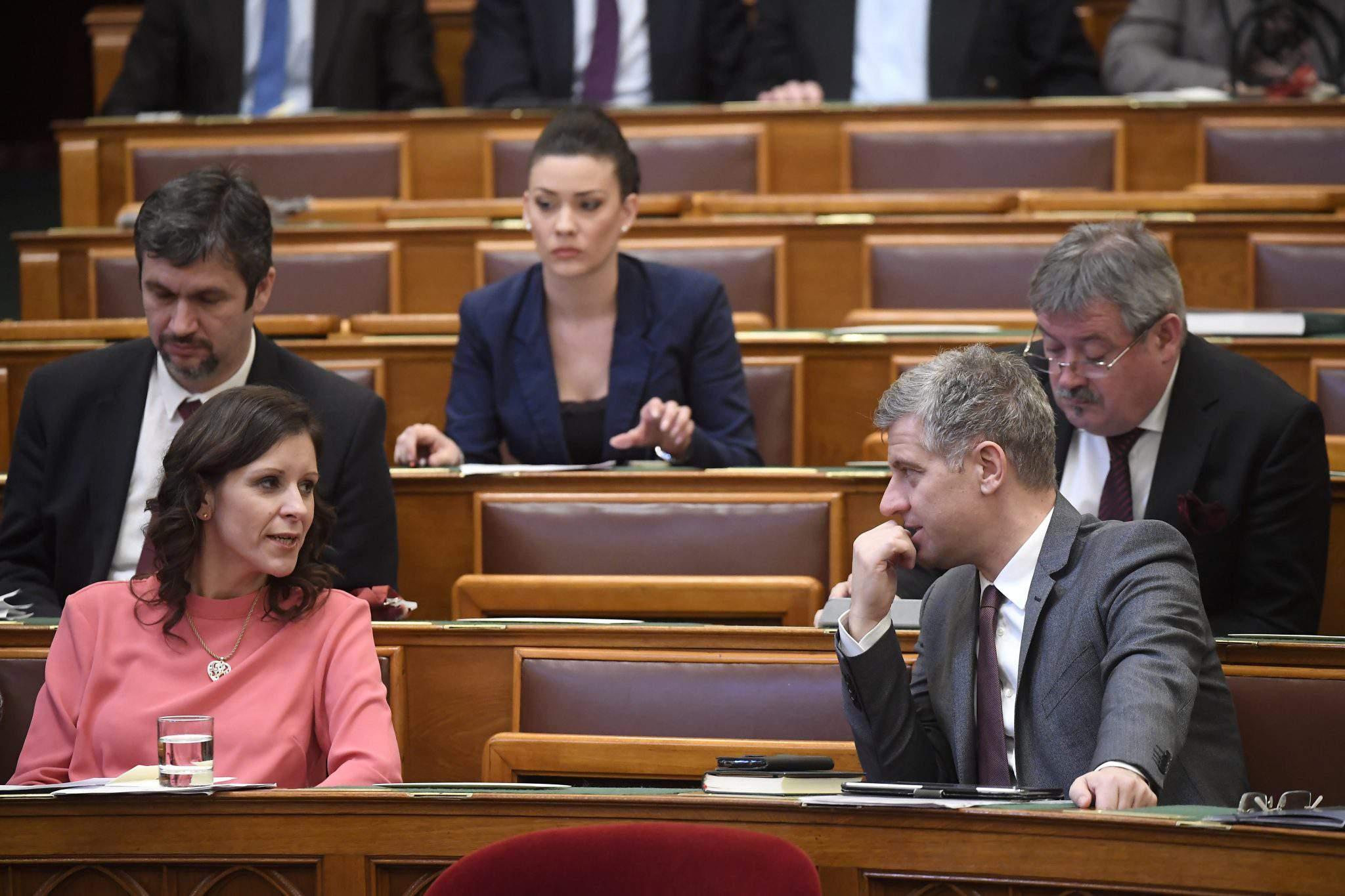 hungary parliament women