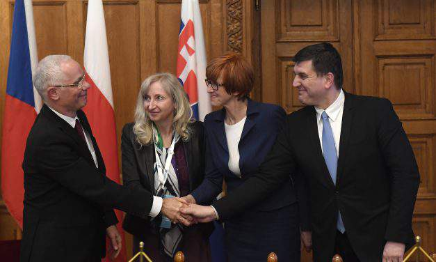 Visegrád Four ministers discuss support for families