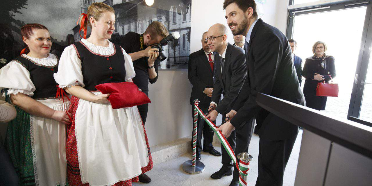 Consulate general opens in Lendava, Slovenia