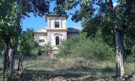 Supernatural phenomena experienced in mysterious Hungarian buildings
