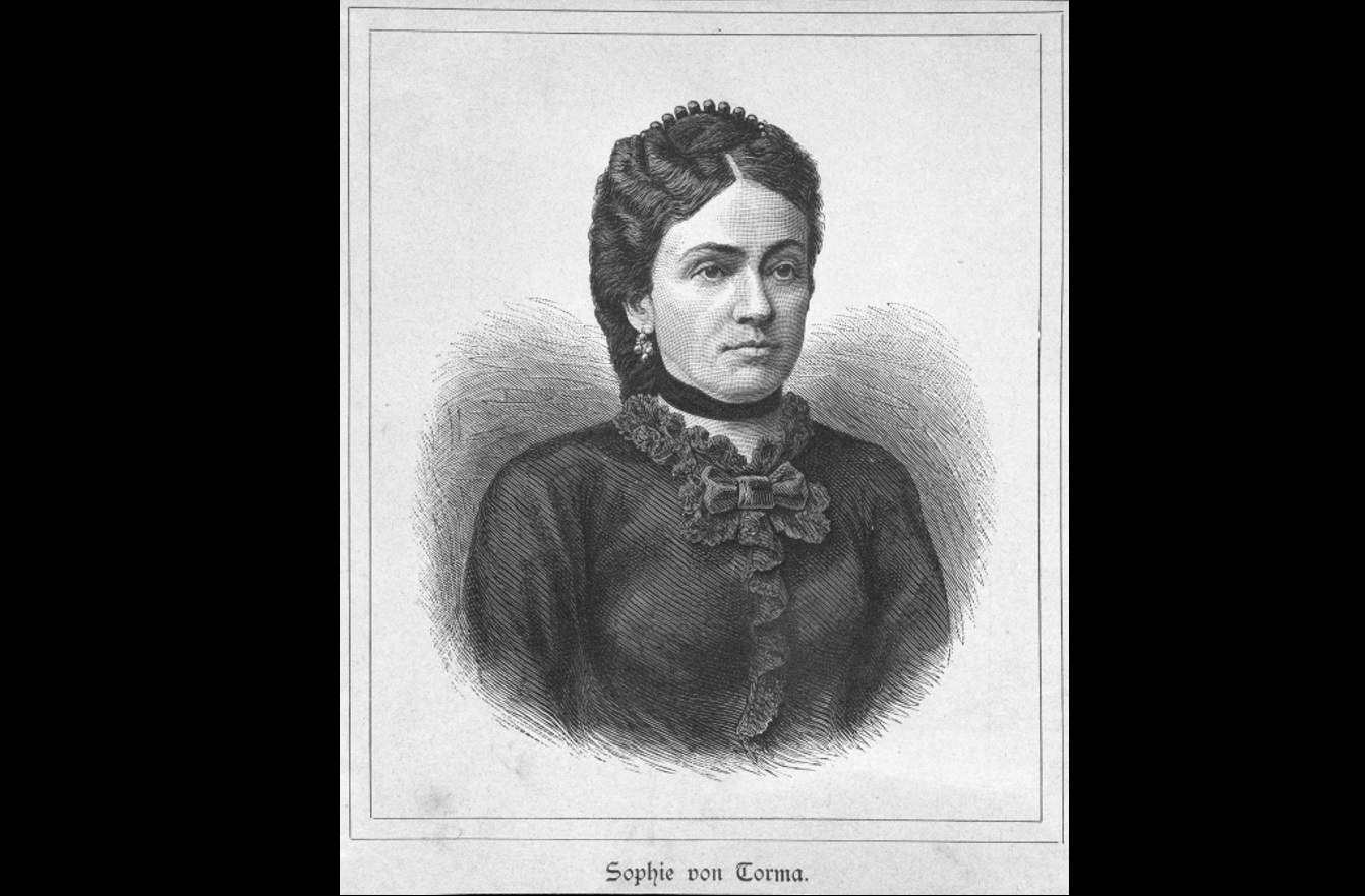 female archaeologist history