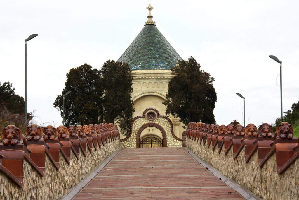 pécs mausoleum visit