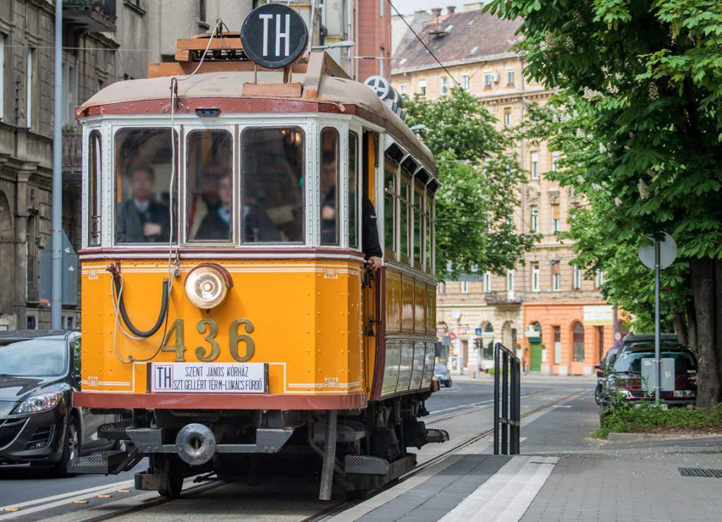 tram villamos budapest heritage nosztalgia
