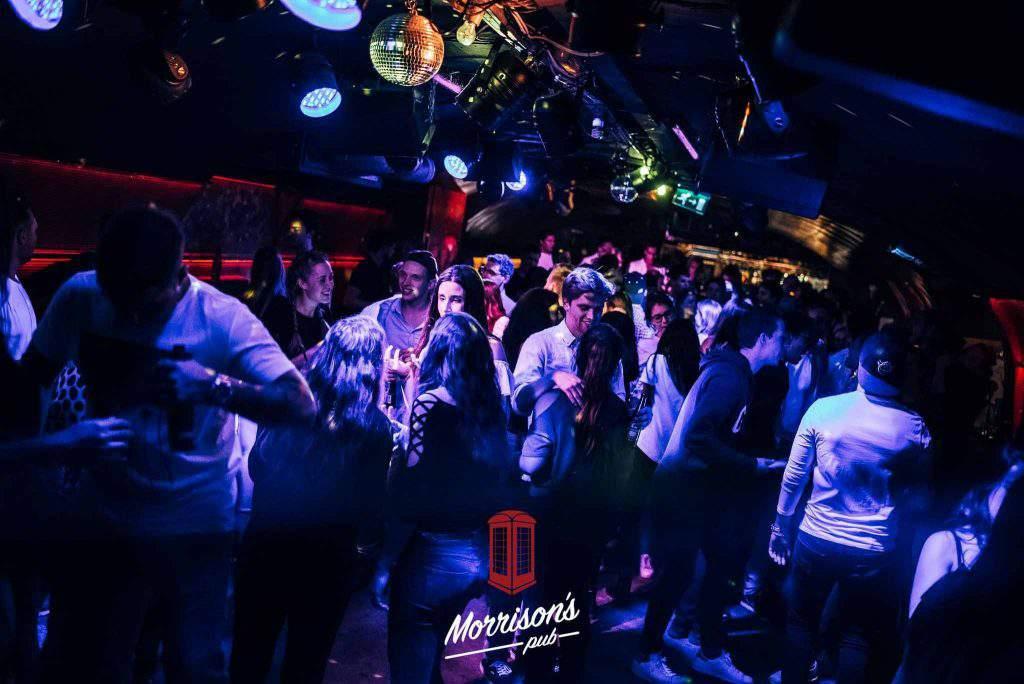 pub party disco budapest
